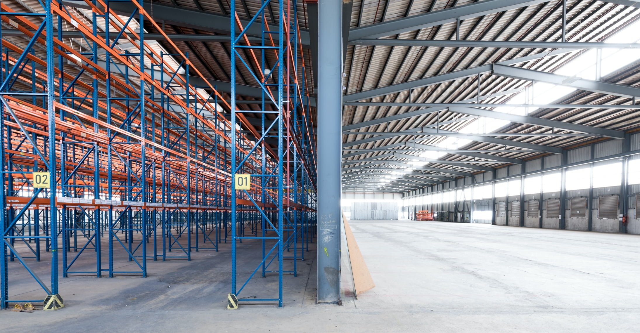 La Regie Industrielle Home Une Commercialisation Rigoureuse De Vos Batiments Img@3x